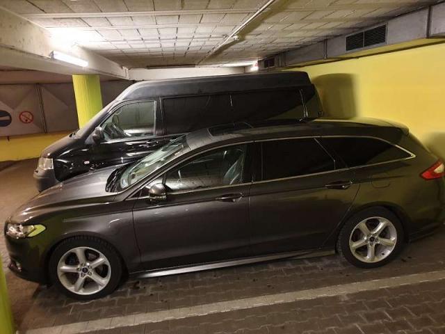Ford Mondeo TRAVELLER TITAN Kombi 180 PS Turbo-Diesel Kombi / Family Van